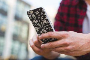closeup-man-using-phone
