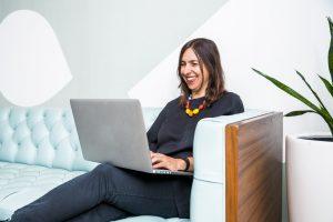 modern-woman-in-office